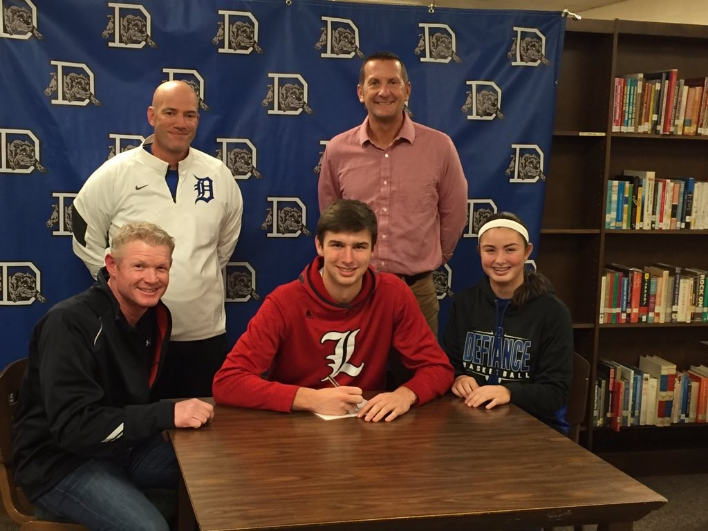 2015_College_Signings_ShaySmiddy_Baseball